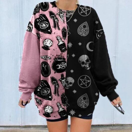 Cartoon Skull Aesthetic Sweatshirt in Plus Size